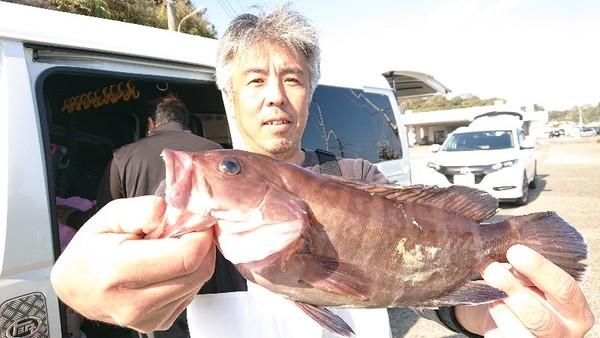 11月18日 外房勝浦川津のマハタ五目!!。のサムネイル