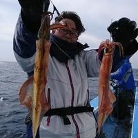 2月12日 外房勝浦川津の寒サバ〜ヤリイカのリレー釣り!!。のサムネイル