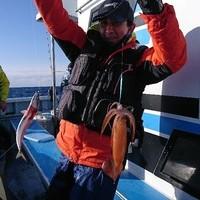 2月28日 外房勝浦川津の寒サバ〜イカのリレー釣り!!。のサムネイル