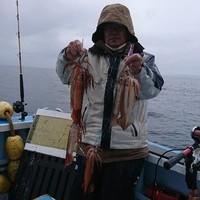 3月5日 外房勝浦川津のマサバ〜イカのリレー釣り!!。のサムネイル