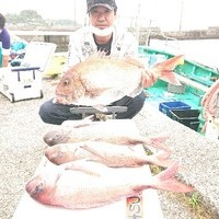 6月30日 外房勝浦川津のカモシ釣り!!。のサムネイル