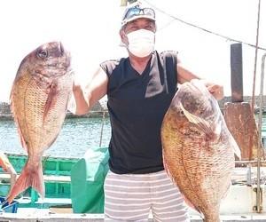 7月31日 カモシ釣りでマダイ6.9kg〜!!。