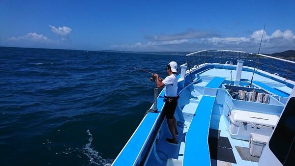 8月18日 午前船に出船しました!!。のサムネイル