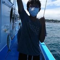 8月20日 午後船はサビキアジ!!。のサムネイル
