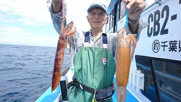 9月10日 午前船はスルメイカ〜!!。のサムネイル