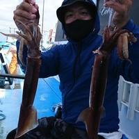 9月8日 午前船でスルメイカ〜!!。のサムネイル